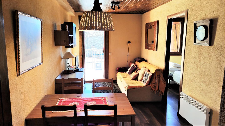 Casa adosada -                                       Llivia -                                       3 dormitorios -                                       6 ocupantes
