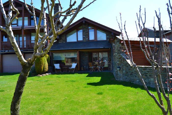Casa adosada -                                       Soriguerola -                                       3 dormitorios -                                       6 ocupantes