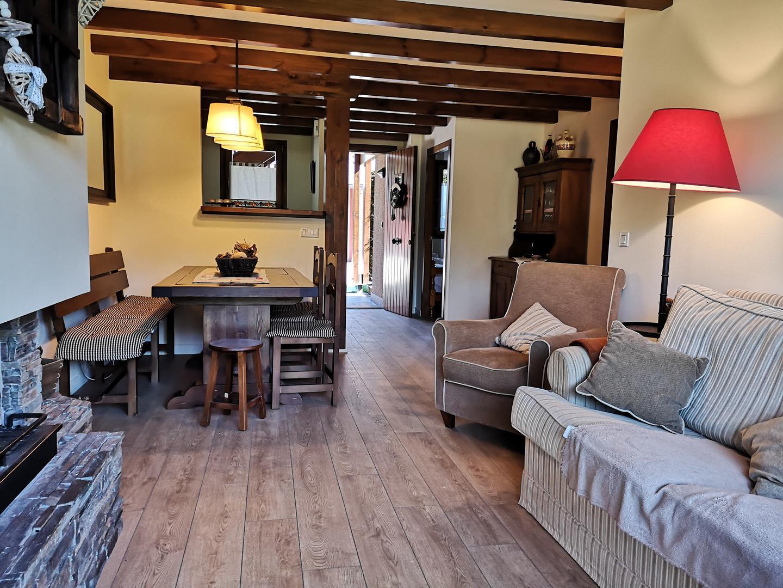 Casa -                                       Guils De Cerdanya -                                       4 dormitorios -                                       12 ocupantes