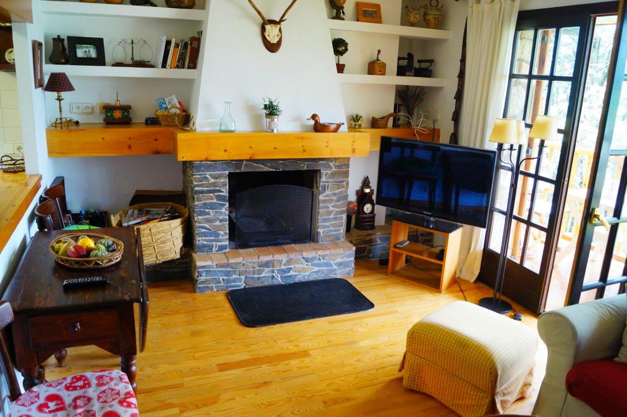 Apartamento -                                       Llivia -                                       3 dormitorios -                                       6 ocupantes