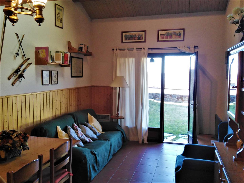 Casa adosada -                                       Osseja -                                       3 dormitorios -                                       7 ocupantes